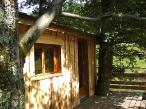 Cabane dans les arbres extérieur